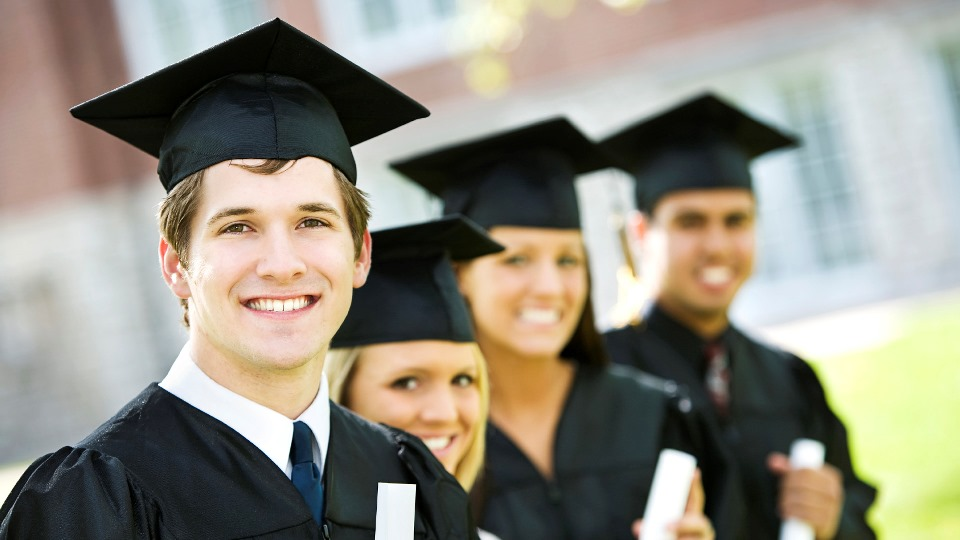 Подбор персонала начального уровня (студенты)
